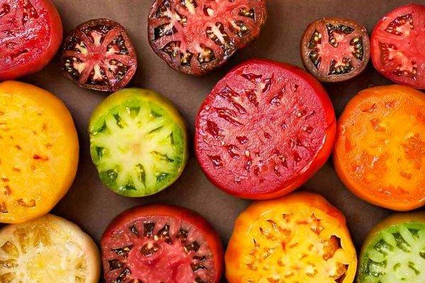 superfoods tomatoes - چه خوراکی هایی برای خواب راحت مناسب هستند؟