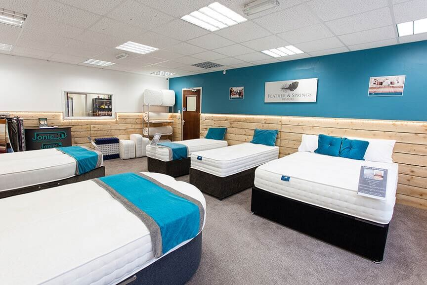 morecambe showroom image 1 - انتخاب تشک خواب مناسب